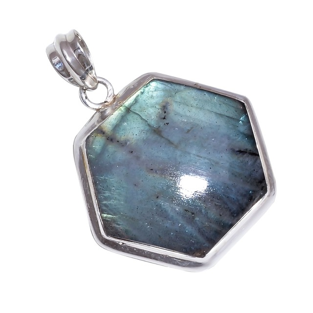 Blue fire labradorite pendant with 925 sterling silver