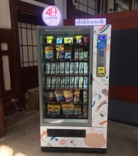 Stationary Vending Machine -- Maxi Buffet