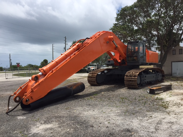 2005 Hitachi ZX800 Excavator with Long Reach Excavator Package
