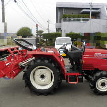 Secondhand mitsubishi tractor with 4 cylinder diesel engine