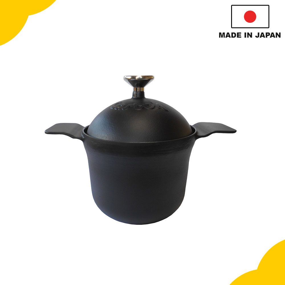 Simple cookware cast iron, various sizes available