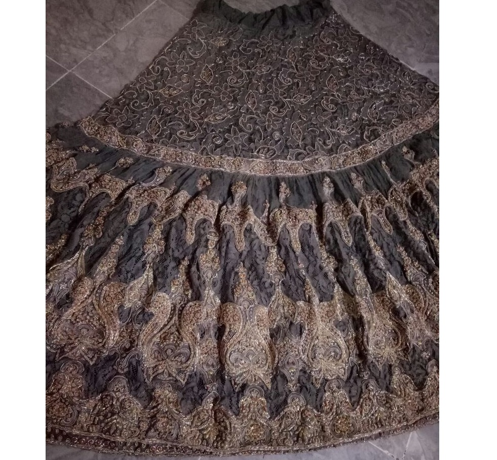 grey & gold heavy beautiful fully hand worked choli lengha Bridal Designer Bridal Dresses Pakistan, skirt Designer Bridals India