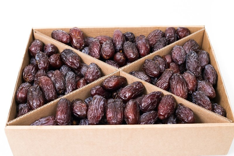 Fresh Dates, Frozen Dates, Madjhoul Dates, Hayani Date from Israel - Planet Israel