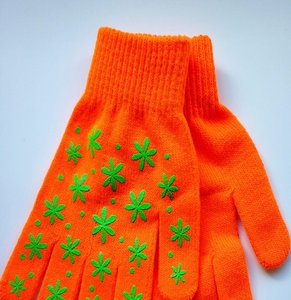 Wholesale acrylic daily life usage cheap custom winter knitting Children gloves