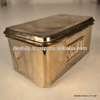 SILVER GLASS CONTAINER WITH SILVER CAP