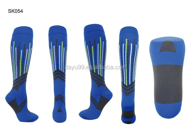 Sporting knee high compression socks stockings OEM/ODM Taiwan produced