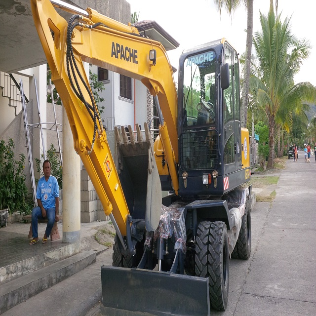 Tire Wheel Type Excavator backhoe