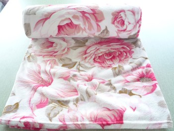 Polyester Knitted Polar & Coral Fleece Throws