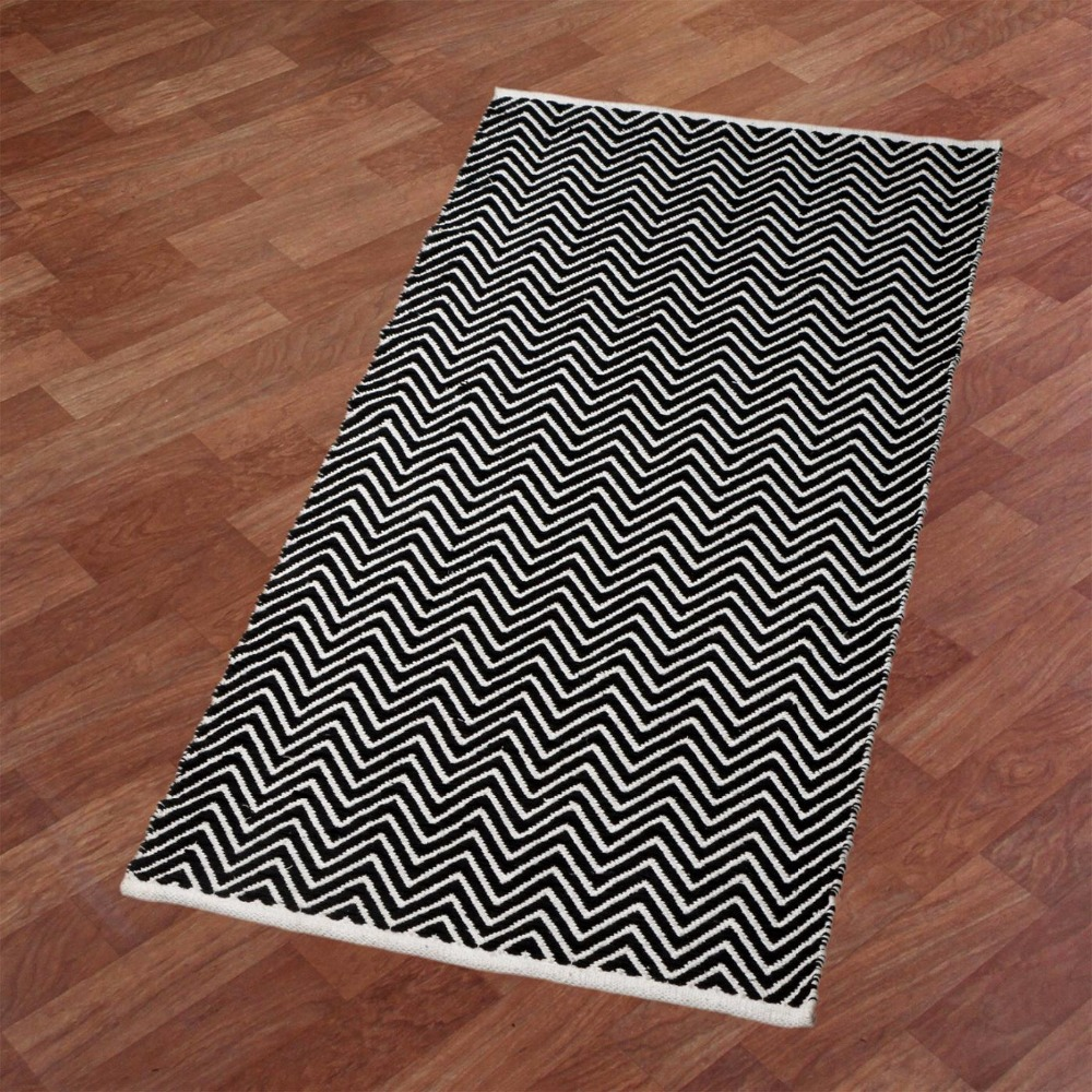 ZIG ZAG CHEVERON DESIGN HANDMADE COTTON RUG