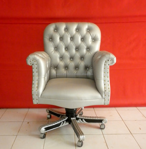 Classic Baroque Office Chair Furniture Indonesia Made by CV.Dwira Jepara Furniture Indonesia