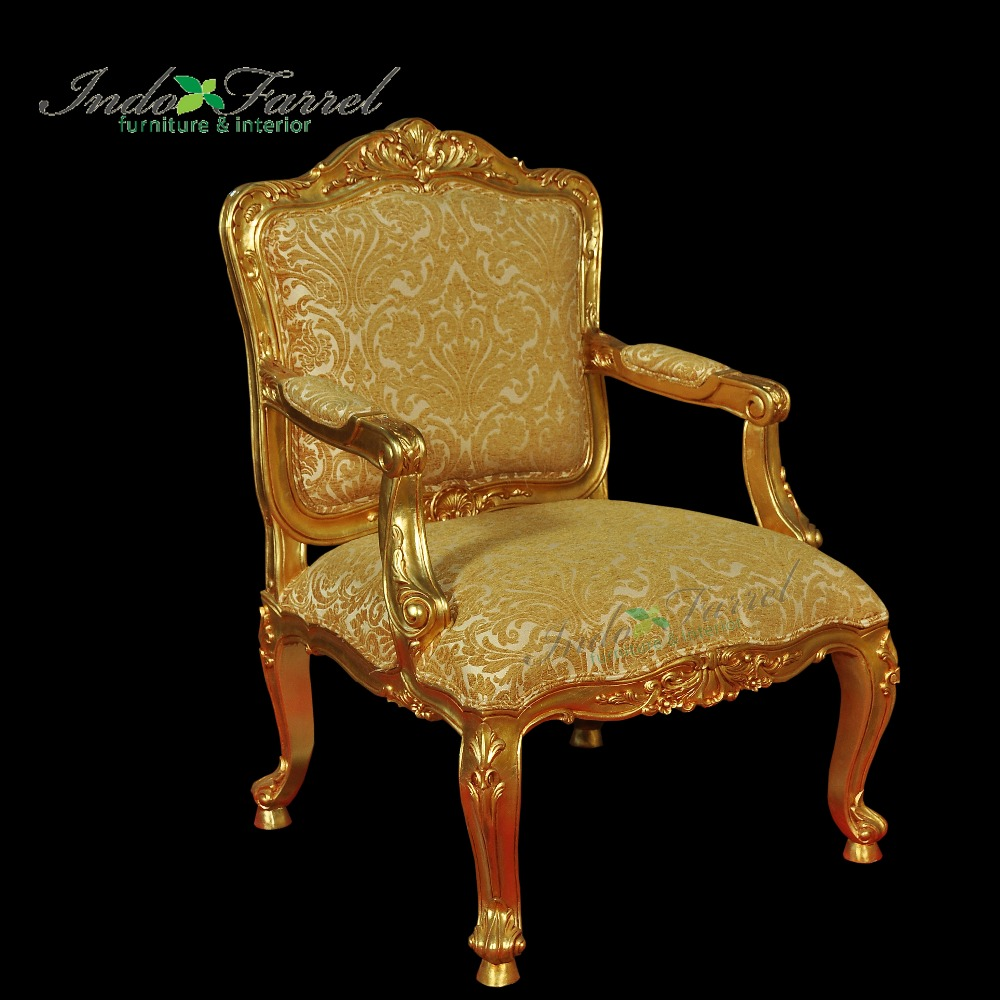 Baroque Wooden Gold Royal Chair with armrest Rug Living Room Furniture