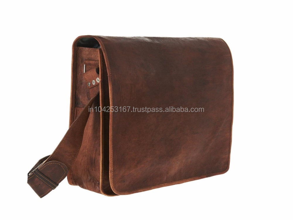Man bag in pure leather sling style professional