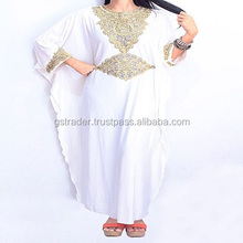 Traditional Wear Dubai Kaftan Dress For Women 2017 Wholesale Dubai abaya / Moroccan Kaftan embroidered Dress for Sale