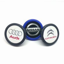 2018 New Product best price customized logo car Air conditioning perfume vent clips Car Air Freshener