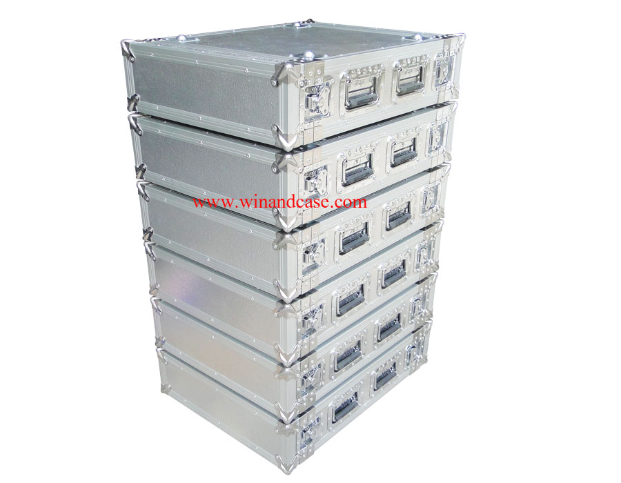 Hard aluminium flight case for musical instrument with shockproof