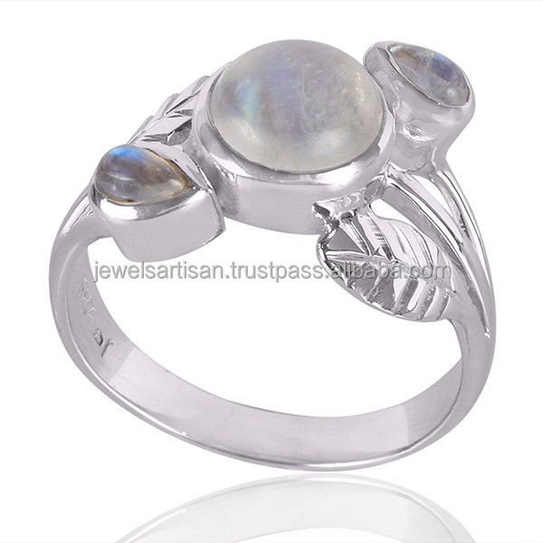 Export Quality Stylish Natural Rainbow Moonstone 925 Silver Ring