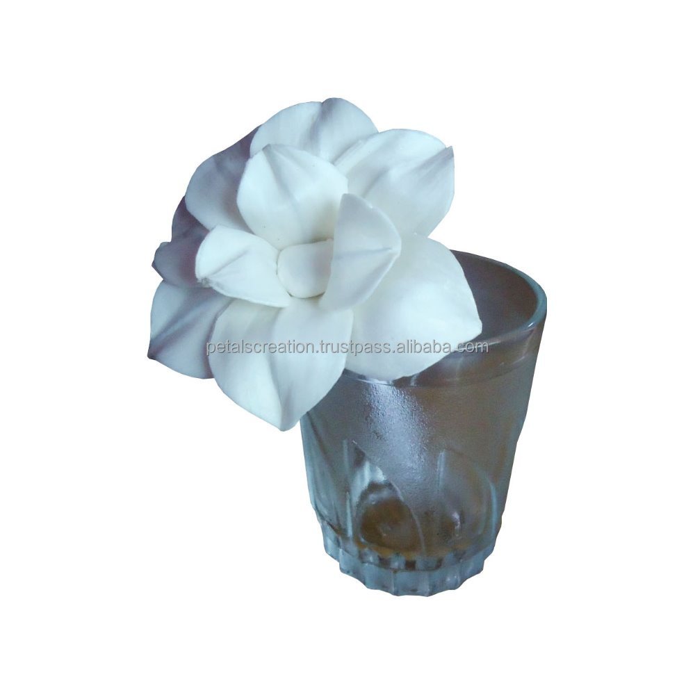 Handmade diffuser sola flower for home decoration with cotton wick