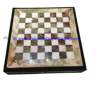 MANUFACTURER AND EXPORTERS OF ONYX CHESS BOARDS WITH FIGURES