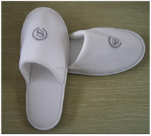 High Quality Hotel Slippers With Logo