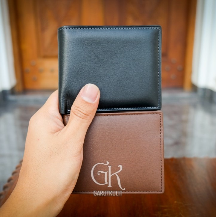 100% Genuine Leather Classic Wallet