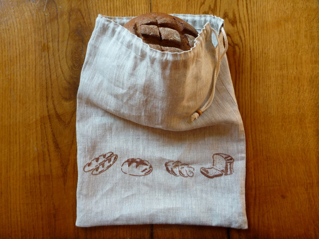 Natural linen eco-friendly reusable drawstring bag for bread