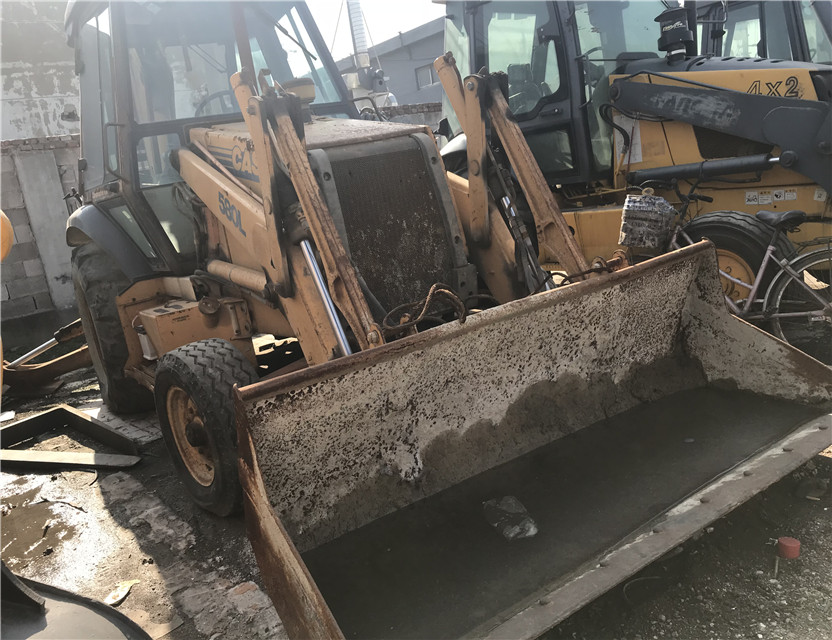 Used Case 580 Loader Backhoe original condition. case 580m 580L Backhoe loader for sale
