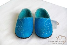 100% Mongolian wool felt warm indoor shoes/ slipper