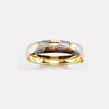 Latest Model Women Gold Francine Bangle