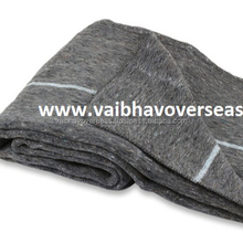 Heavy Duty Prison Blankets Made of Wool, Warm & Soft with Stripes