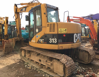 Durable Secondhand Machine original Cat 313 Excavator from Japan in yard for sale