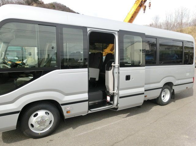 Japanese Vehicle RHD BRAND NEW 2017 Toyota Coaster 28-Seater Bus