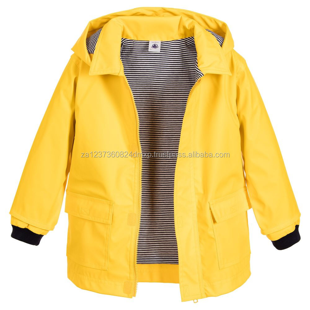 2017 Wholesale raincoat