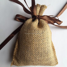 Deodorize by Aromatic bags of Coffee beans for Car furniture