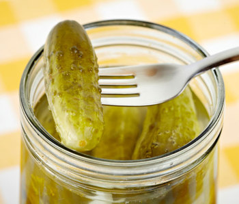 Good price pickled cucumbers in jar