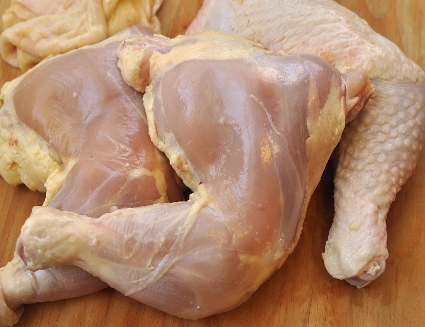 Quality Frozen Whole Chicken / Thighs / Feet / Paws