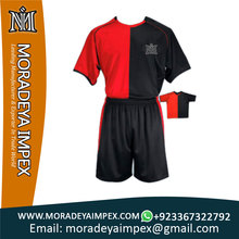 2017 Customized Wholesale Quality Soccer Uniform