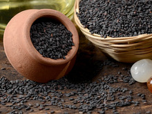 Competitive price Premium quality Natural, Hulled & Black Sesame Seeds