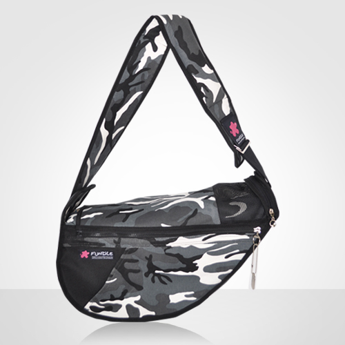 Korea fashion Pet Carrier, Pet Bag Dog, Outdoor Dog bag Dog Carrier 'FUNDLE Petsling'