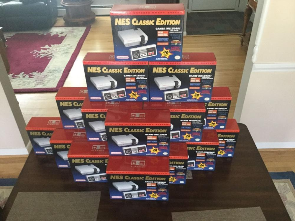 FREE SHIPPING BUY 10 GET 6 FREE Nintendo Mini NES Classic Edition console 20 Games