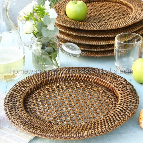 Wholesale rattan charger plates for decorative in beautiful happiness wedding day