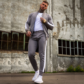 Custom wholesale trendy unisex sport tracksuits,men and women jogger