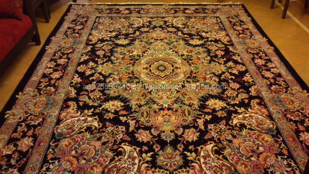 Hand woven carpets and rugs for home used