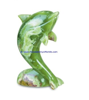 BEAUTIFUL COLORS AND SHADES ONYX DOLPHINS FISH GREEN/MULTI BROWN/WHITE HAND CARVED STATUE SCULPTURE