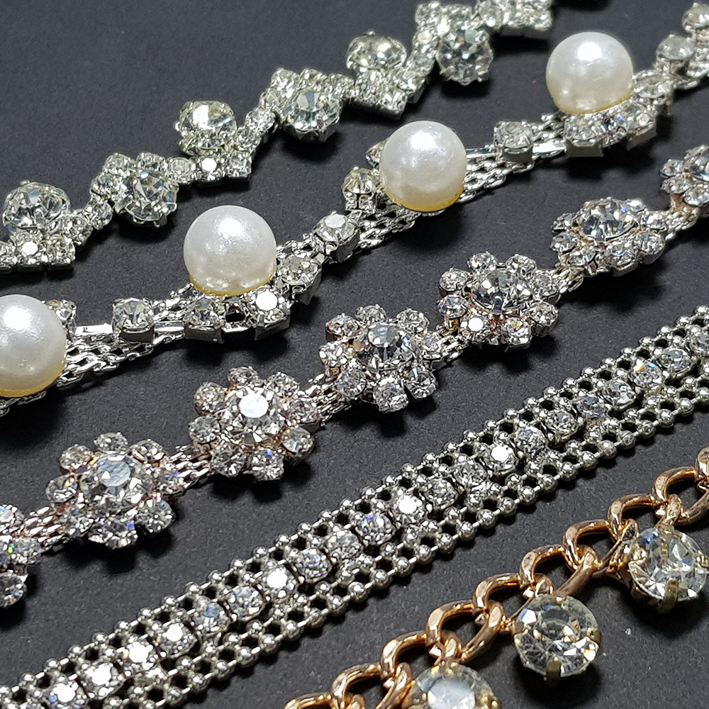 OEM/ODM Wedding Dress Bridal Gown Garment Rhinestone Chain