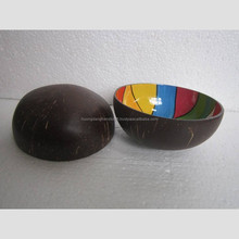 Handmade vietnamese lacquer coconut shell bowls