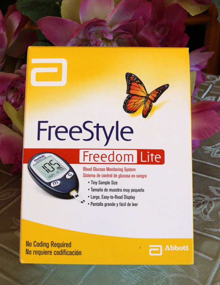 Glucose Monitoring System+10 test strips FREE