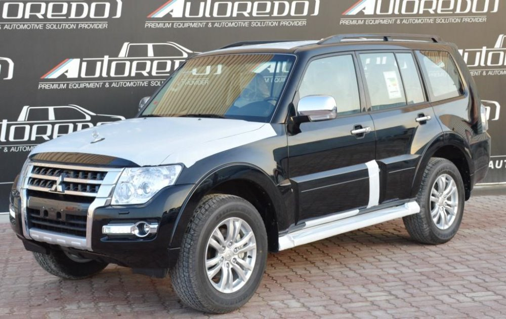 MITSUBISHI PAJERO GLS 3.8 LWB FULL OPTIONS AT BLACK