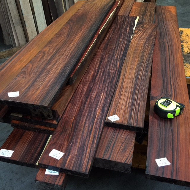 Cheap AFRICAN MAHOGANY ,EBONY , BUBINGA , SAPELLI LOGS AND SAWN WOODS