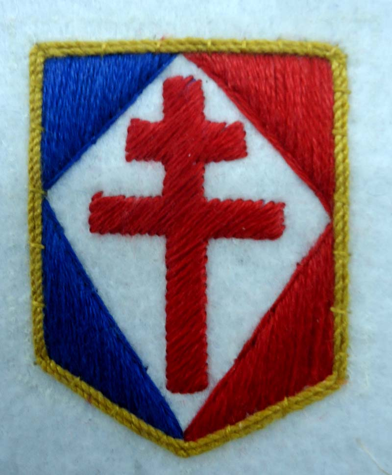 RED CROSS WITH FRENCH FLAG II HAND EMBROIDERY BADGE II