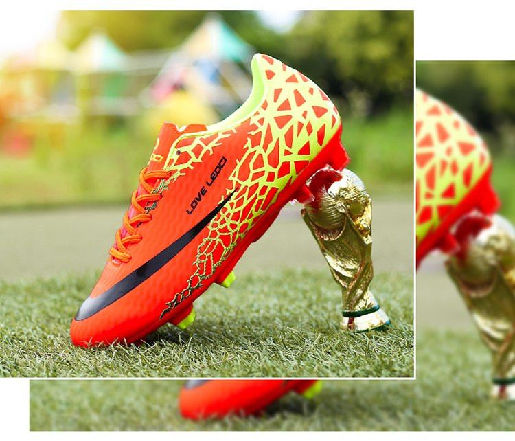 Man Cleats Soccer Shoes Outdoor Team Sports  Football Boots for kid Training Sneakers Children size 31-45